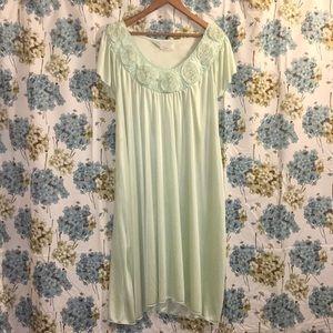 Gorgeous mint retro nightgown